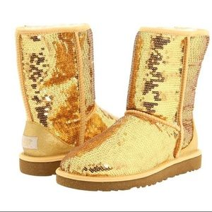 ‼️Limited Edition‼️ Gold Sequin Uggs✨